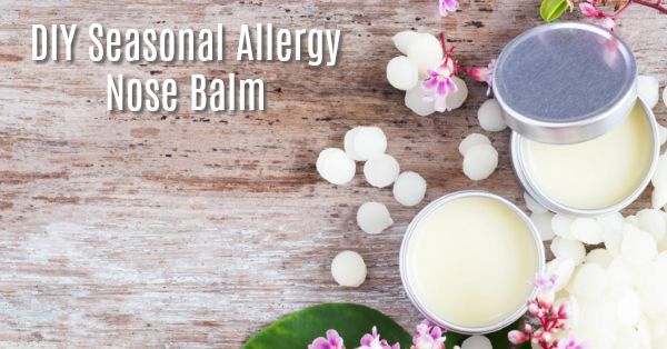 This homemade seasonal allergy nose balm really does work - I put it on before bed and wake up with no congestion!